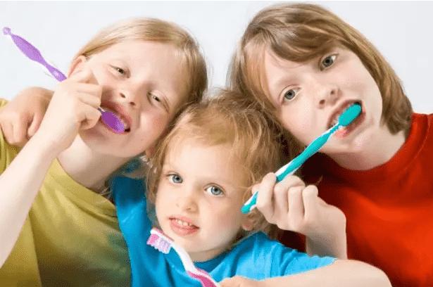 Нужна ли детям профессиональная чистка - Клиника Epion